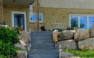 Front Yard Boulder Wall Stairs