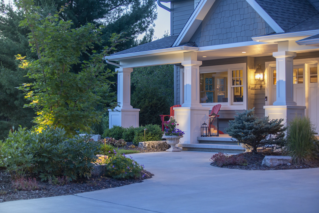 5 simple landscaping ideas for a low-maintenance front yard